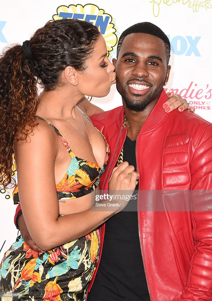Recording artists Jordin Sparks (L) and Jason Derulo attend FOX's 2014 Teen Choice Awards at The Shrine Auditorium on August 10, 2014 in Los Angeles, California.