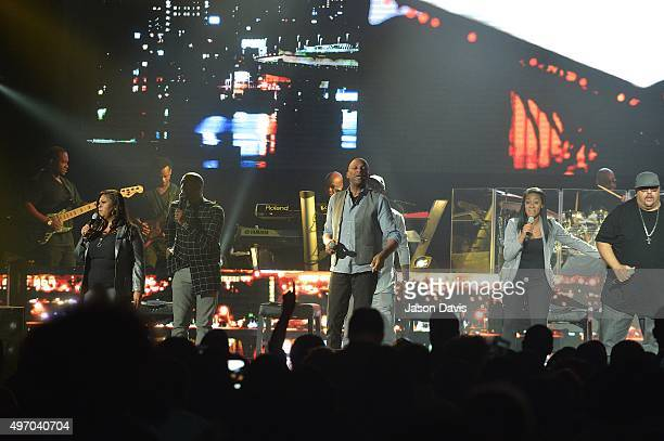 Recording Artists Kim Burrell Donnie McClurkin Jessica Reedy and Fred Hammond perform during the 2015 Festival of Praise at Municipal Auditorium on...