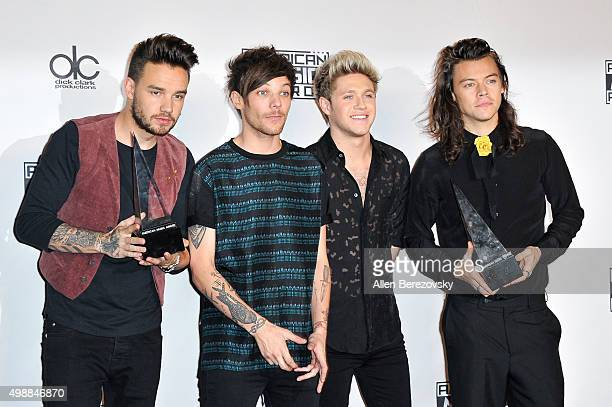 Recording artists Liam Payne Louis Tomlinson Niall Horan and Harry Styles of One Direction winners of Favorite Pop/Rock Band/Duo/Group and Artist of...