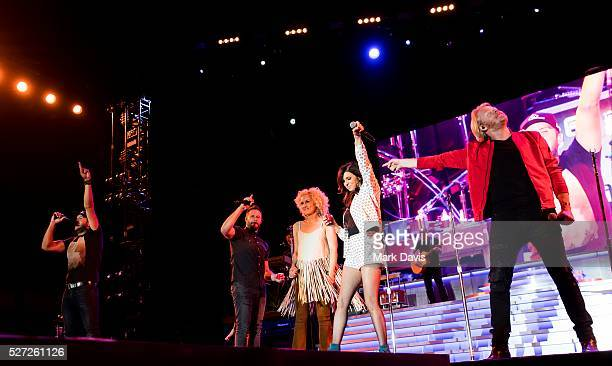 Recording artists Luke Bryan Jimi Westbrook Kimberly Schlapman Karen Fairchild and Phillip Sweet perform onstage during the 2016 Stagecoach...