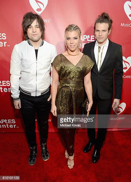 Recording artists Neil Perry Kimberly Perry and Reid Perry of The Band Perry attend the 2016 MusiCares Person of the Year honoring Lionel Richie at...