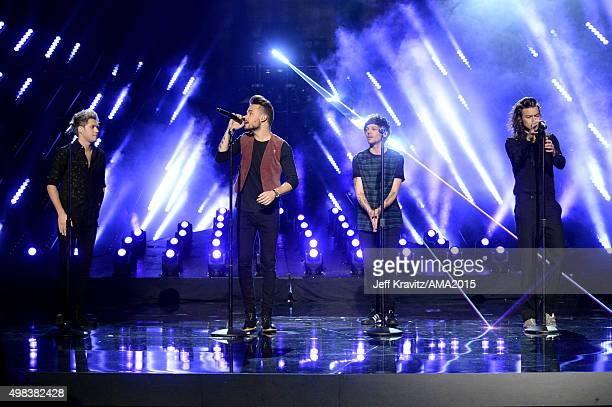 Recording artists Niall Horan Liam Payne Louis Tomlinson and Harry Styles of One Direction perform onstage during the 2015 American Music Awards at...