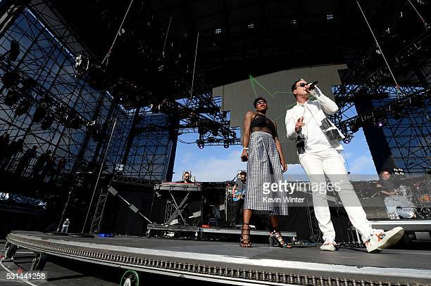 Recording artists Noelle Scaggs and Michael Fitzpatrick of music group Fitz and The Tantrums perform onstage at KROQ Weenie Roast 2016 at Irvine...