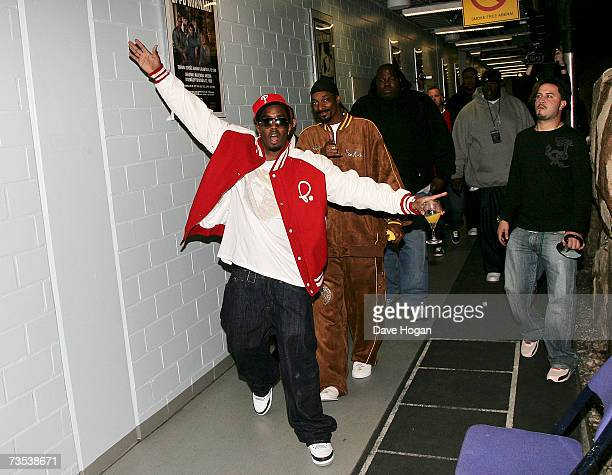 Recording artists P. Diddy and Snoop Dogg arrive to attend a press conference to promote the P. Diddy and Snoop Dogg European Tour, held at the...