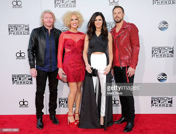 Recording artists Philip Sweet Kimberly Schlapman Karen Fairchild and Jimi Westbrook of Little Big Town attend the 2015 American Music Awards at...