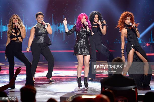 Recording artists Pia Toscano Kimberley Locke Allison Iraheta Jordin Sparks and Tamyra Gray perform onstage during FOX's 'American Idol' Finale For...