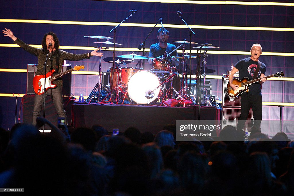 Recording artists Roland Orzabal and Curt Smith of music group Tears for Fears perform on stage during the iHeart80s Party 2016 at The Forum on February 20, 2016 in Inglewood, California.