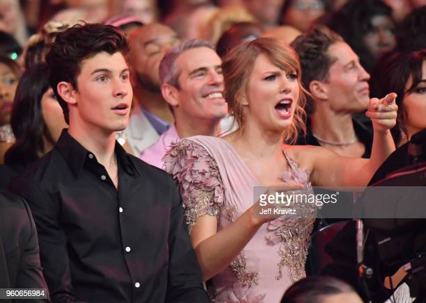 Recording artists Shawn Mendes and Taylor Swift during the 2018 Billboard Music Awards at MGM Grand Garden Arena on May 20 2018 in Las Vegas Nevada