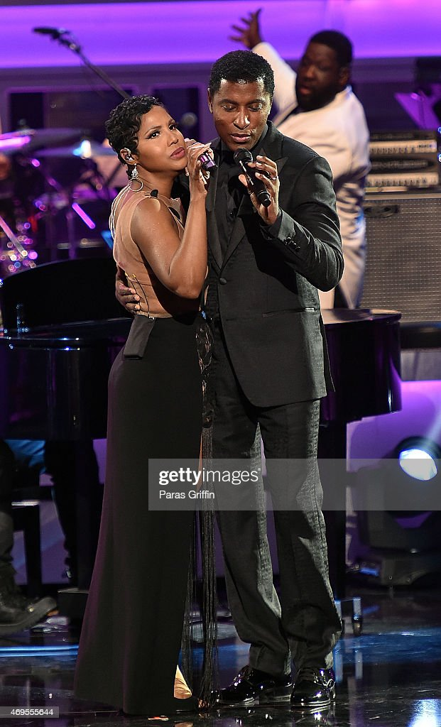 Recording artists Toni Braxton and Kenneth 'Babyface' Edmonds perform onstage at UNCF 'An Evening Of Stars' at the Boisfeuillet Jones Atlanta Civic Center on April 12, 2015 in Atlanta, Georgia.