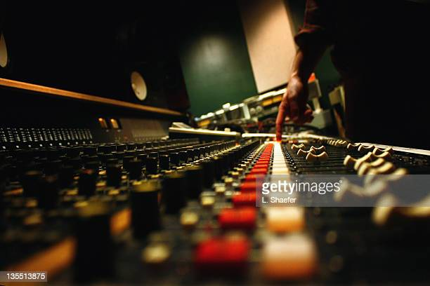 recording studio - recording studio stock pictures, royalty-free photos & images