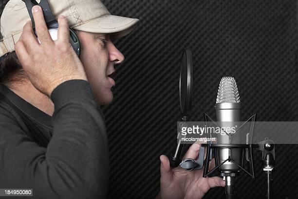 estúdio de gravação series: uso de microfone - artista - fotografias e filmes do acervo