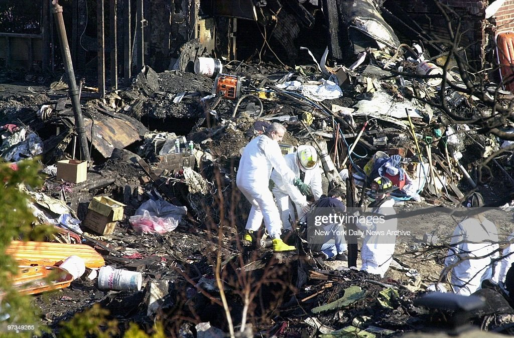 Recovery teams continue the search for bodies at the crash s : News Photo