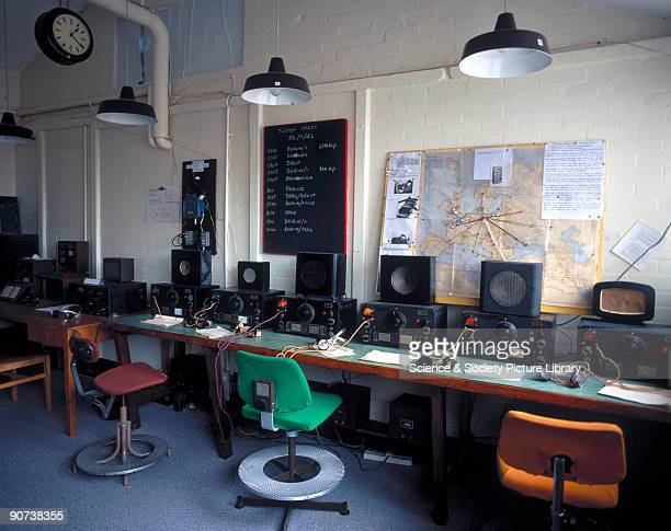Recreation of a radio intercept room using HRO receivers Bletchley Park Buckinghamshire Bletchley Park was the British forces' intelligence centre...