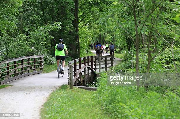 recreational activity on the nature trail, cuyahoga valley national park, massillon, ohio, usa - cuyahoga river stock photos and pictures
