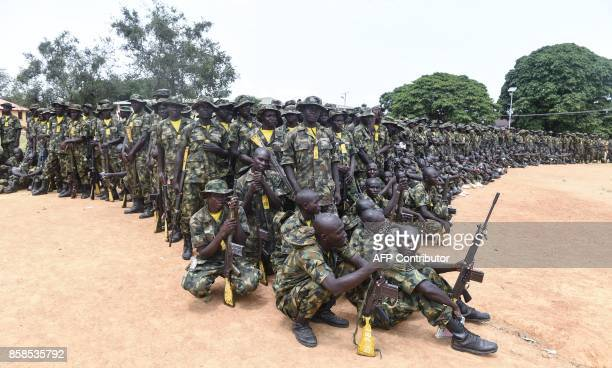 Recruits undergo training at the headquaters of the Depot of the Nigerian Army in Zaria Kaduna State in northcentral Nigeria on October 5 2017 The...