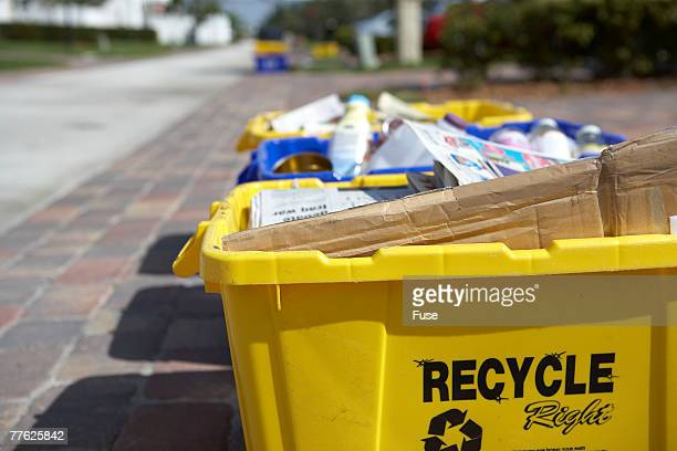 recycle bins on curb - curb stock pictures, royalty-free photos & images
