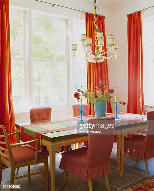Red Accents in Dining Room