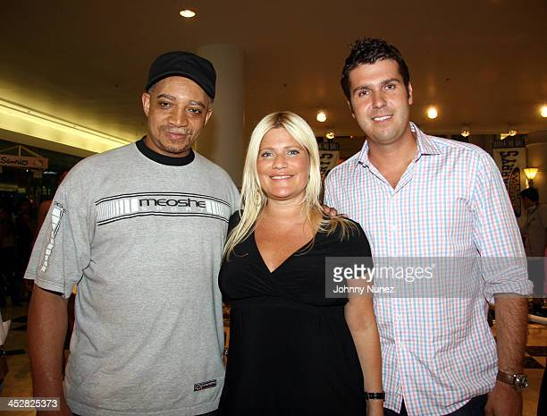 DJ Red Alert Lizzie Grubman and Chris Stern during Stephon Marbury and Steve and Barry's Introduce Starbury Clothing Line VIP Room at Steven Berry...