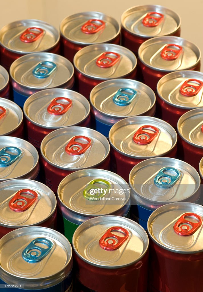 Red and blue rows of energy drinks : Stock Photo