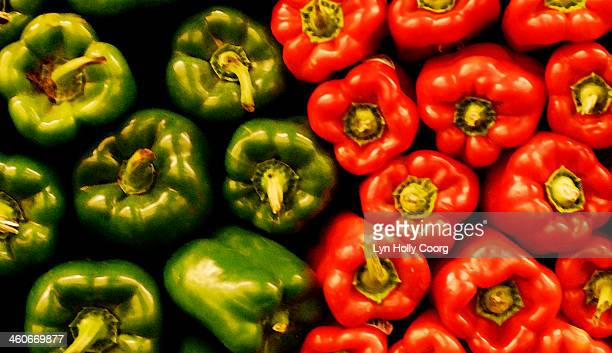 red and green peppers - lyn holly coorg stock pictures, royalty-free photos & images