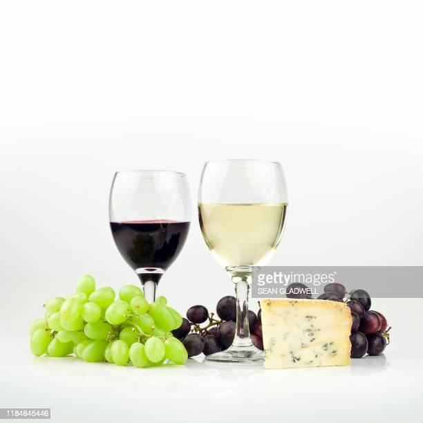 red and white wine with cheese - wine stock pictures, royalty-free photos & images