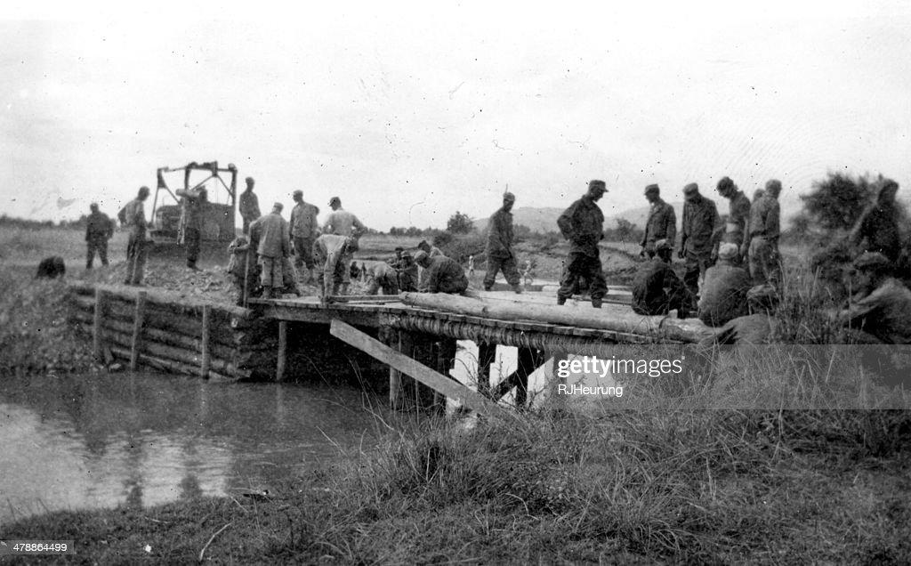 red arrow bridge : Stock Photo