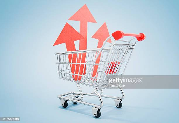 Red arrows in shopping cart