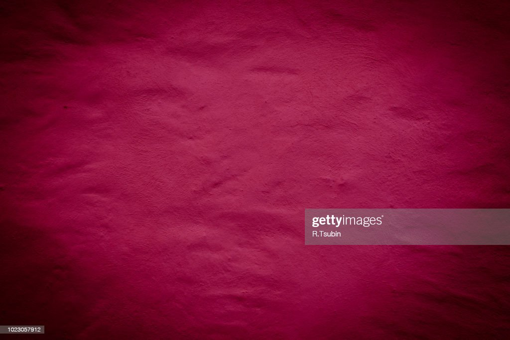 Red background wall texture with dark edges : ストックフォト