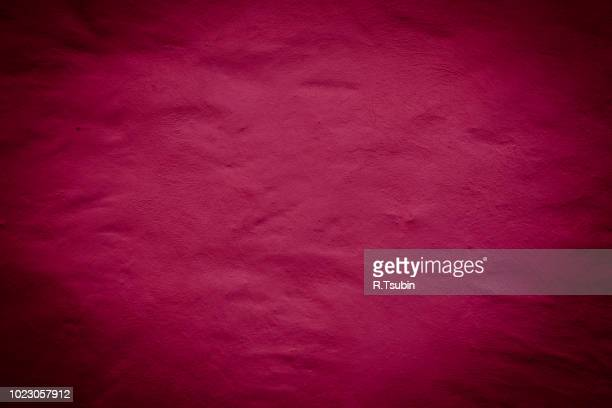 red background wall texture with dark edges - maroon stock pictures, royalty-free photos & images