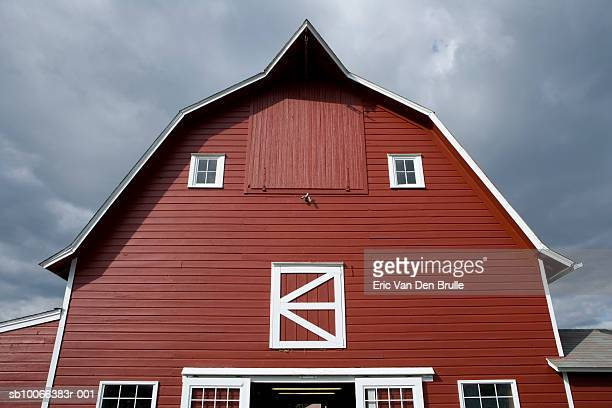 red barn, low angle view - eric van den brulle stock pictures, royalty-free photos & images