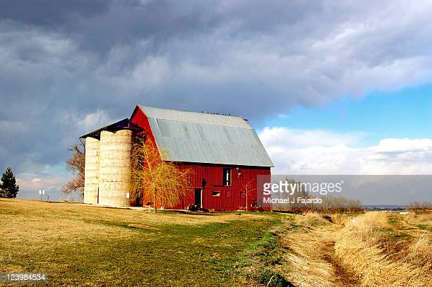 red barn - fort collins stock pictures, royalty-free photos & images