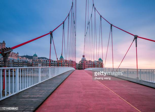 red bridge - wang he stock pictures, royalty-free photos & images
