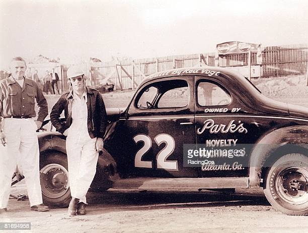 Red Byron stands with his mechanic Red Vogt They won the 1948 NASCAR Modified championship in the organization's first year of operation