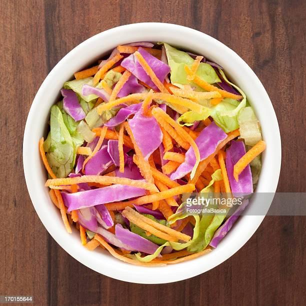 Chou rouge, laitue et salade de carotte