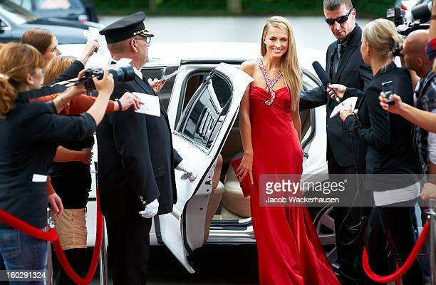 red carpet glamour - red carpet event stock pictures, royalty-free photos & images