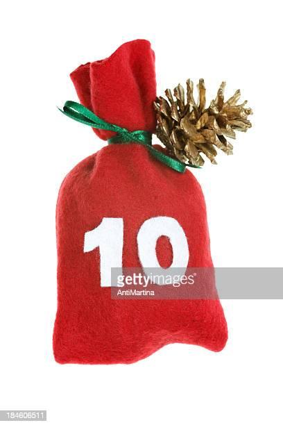 Rouge de Noël sac pour Calendrier de l'avent isolé sur blanc