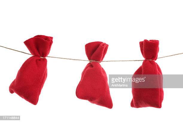 red Christmas Taschen für Adventskalender auf einer Schnur