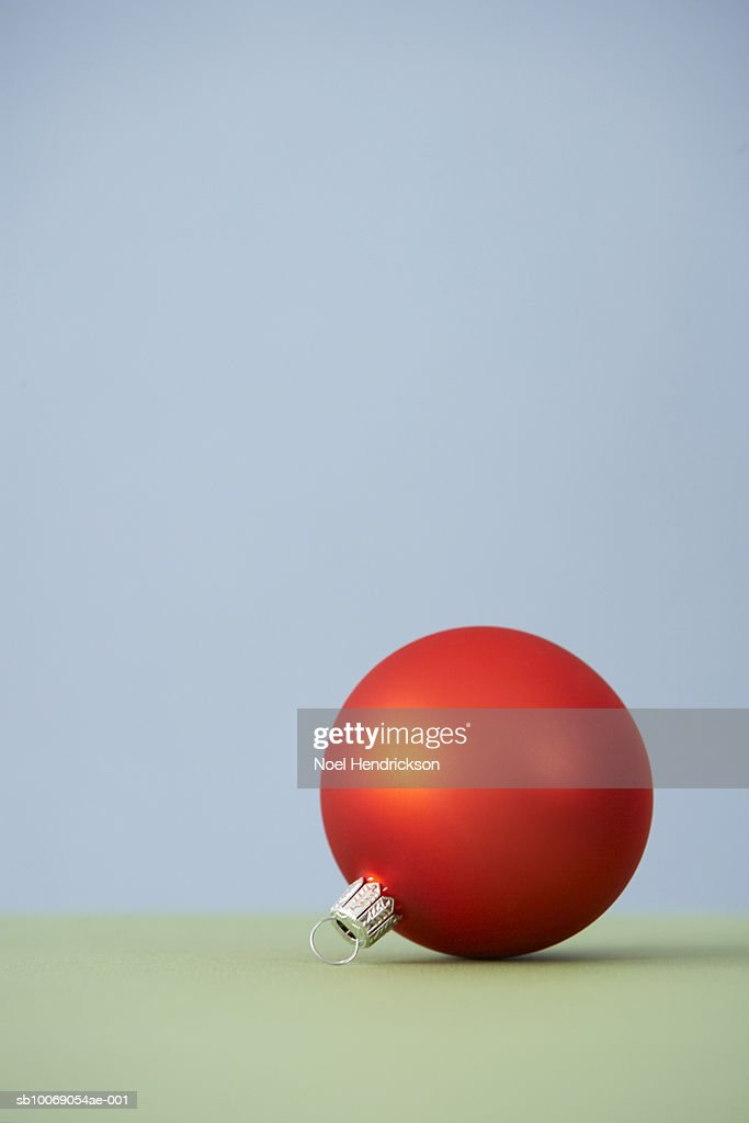 Red Christmas ornament : Stockfoto