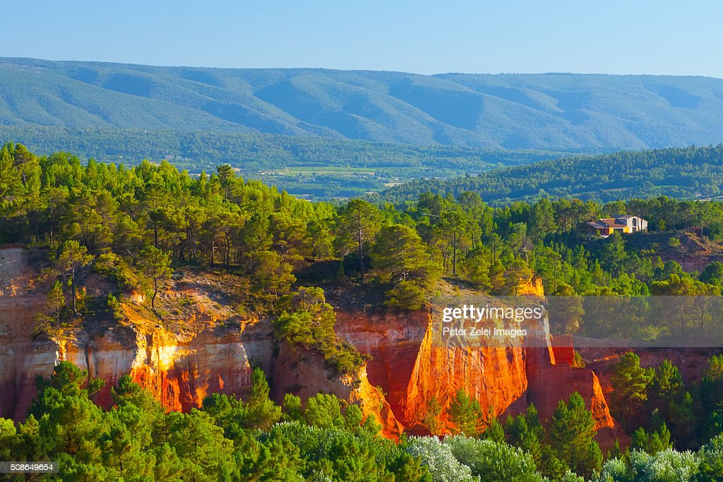 Red cliffs in the surroundings of Roussillon, Provence, France : Stock Photo