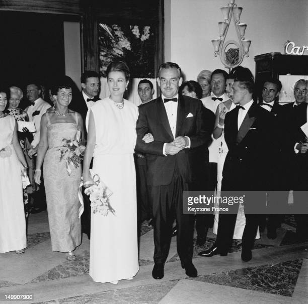 Red Cross Ball at Monte Carlo Sporting Club presided by the Prince Rainier and the Princess Grace of Monaco on August 11 1963 in Montecarlo Monaco