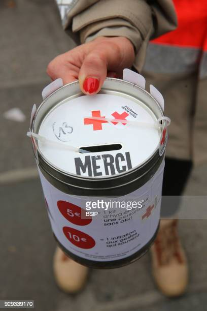 Red cross donation box France