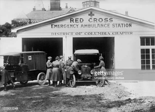 Red Cross Emergency Ambulance station of the District of Columbia Chapter, during Influenza Epidemic, Washington, D.C., USA, American National Red...