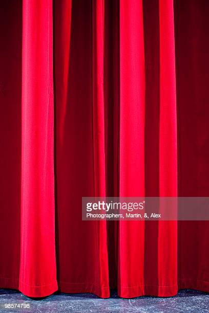 A red curtain.