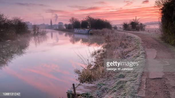red dawn over ware ii - hertford hertfordshire stockfoto's en -beelden