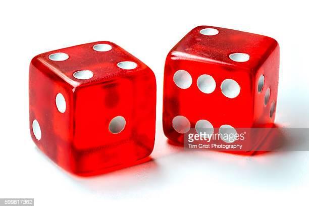 red dice - dobbelsteen stockfoto's en -beelden