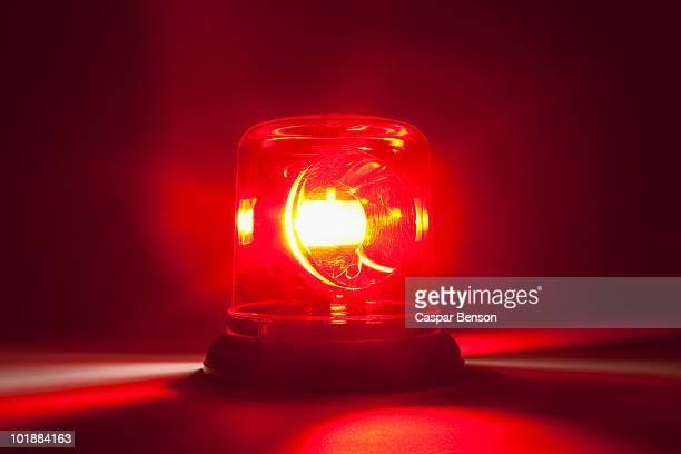a red emergency light - ongelukken en rampen stockfoto's en -beelden