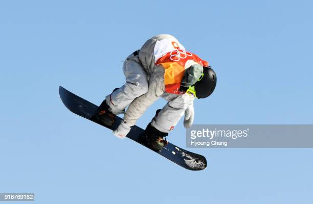 Red Gerard catches air Silverthorne boardriding phenom Red Gerard stepped up in the highest pressure contest of his life and earned the US its first...