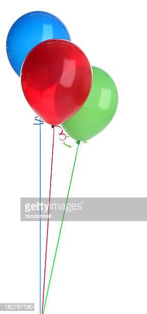 Rojo, verde y azul, los globos sobre blanco