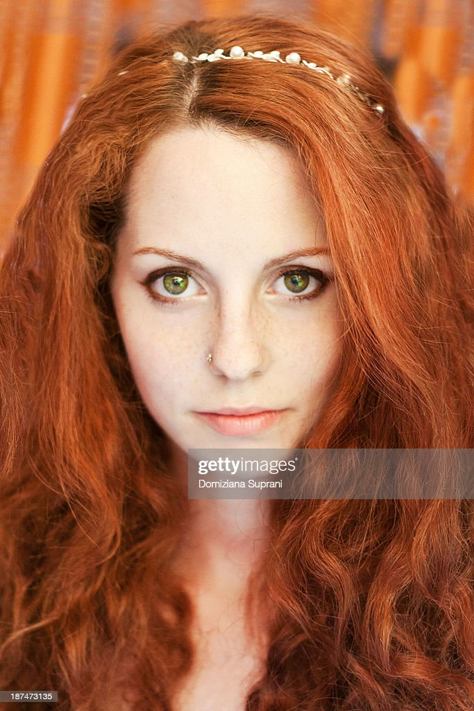 Girl with red hair and green eyes-5344