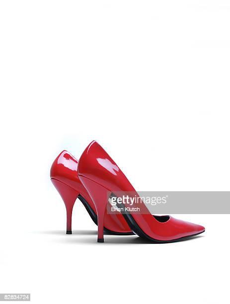 red high heels - 赤の靴 ストックフォトと画像